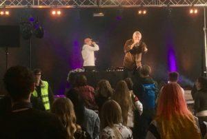 Soundfront hoiti äänentoiston ja valot Höntsä Fest tapahtumassa Helsingin jäähallissa.